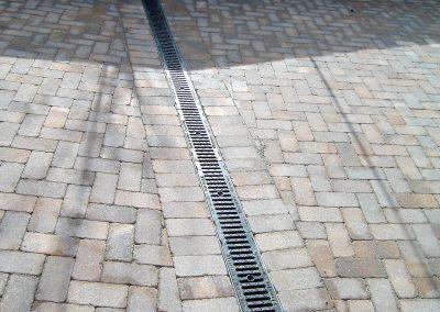 canaletta idrovora con griglia